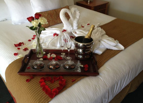 Romantic packages at Obertal Inn.