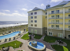 Exterior view of Hilton Garden Inn Outer Banks.