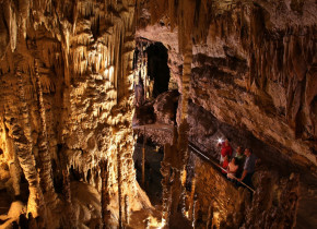 Natural Bridge Caverns near River City Resorts.