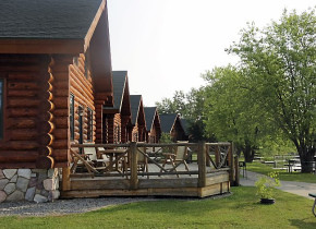 Exterior view of Zippel Bay Resort.
