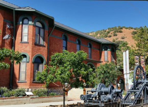 Museums near Circle Z Ranch.
