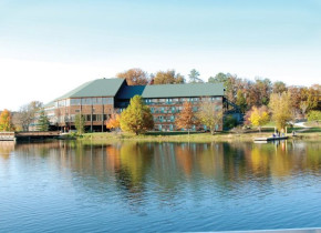 Exterior view of YMCA Trout Lodge & Camp Lakewood.