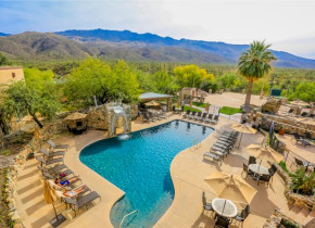 Outdoor pool at Tanque Verde Ranch.