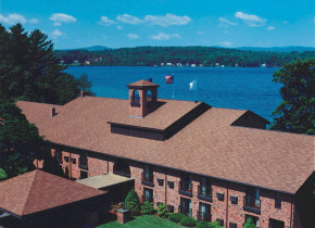 Exterior view of The Margate on Winnipesaukee.