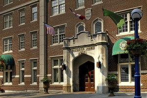 Welcome to Windsor Arms Hotel