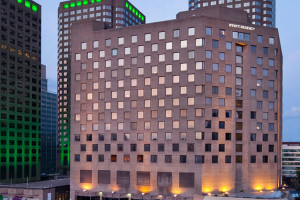 Exterior View of Hyatt Regency Montreal