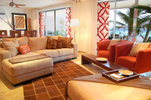 Guest living room at Aquazul.