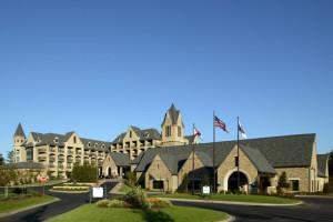 Exterior view of Renaissance Ross Bridge Golf Resort & Spa.