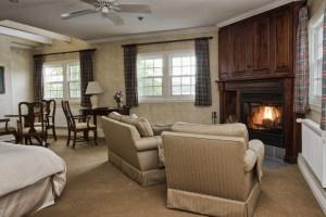 Guest room at Sir Sam's Inn.