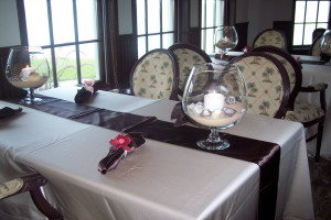 Dining at The Lighthouse Inn at Aransas Bay.
