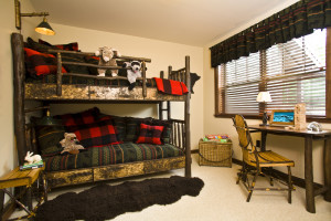 Rental bunk beds at Owaissa Club Vacation Rentals.