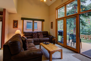 Cabin living room at River Stone Resort Properties.