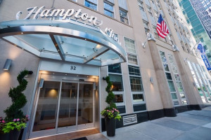 Exterior View of Hampton Inn Manhattan/Downtown-Financial District