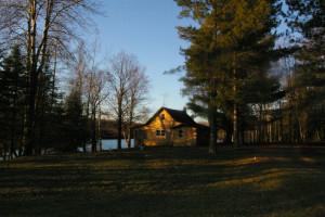 Exterior view of Cycle Lake Resort.
