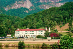 Welcome to The Lake Lure Inn and Spa