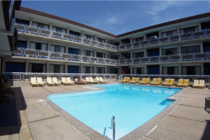 Outdoor pool at Windjammer Motor Inn.