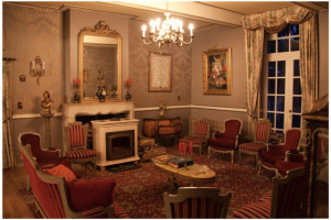 Lounge at Château de Tromcourt.