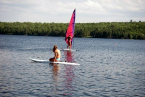 Lake activities at Snowy Owl Cabins.