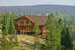 Exterior view of Big Creek Lodge.