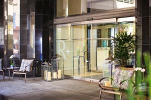 Exterior view of Renaissance Long Beach Hotel.