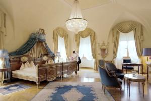Guest room at Hotel Schloss Dürnstein.