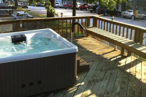 Hot tub at Lighthouse Lodge Resort.
