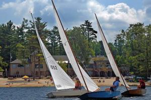 Sailing at Lake Naomi Club