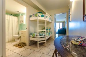 Rental bunk beds at Perdido Skye Resort.