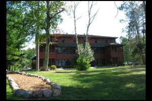 Exterior view of Chippewa Retreat Resort.