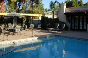 Outdoor pool at La Mancha Villas.