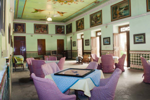 Lounge at Piramal Haveli.