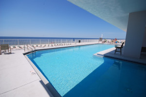 Outdoor pool at Windemere Perdido Key.