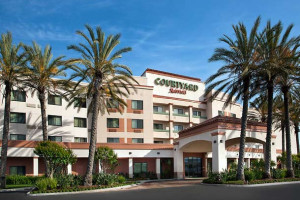 Exterior view of Courtyard by Marriott Foothill Ranch Irvine Spectrum.