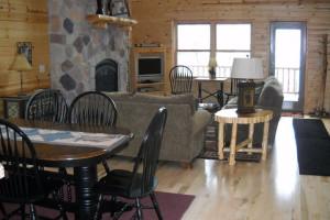 Villa dining and living room at Wilderness Resort Villas.