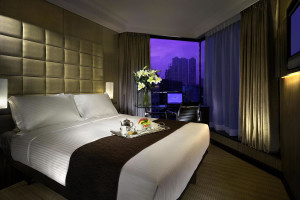 Guest room at Kowloon Hotel.