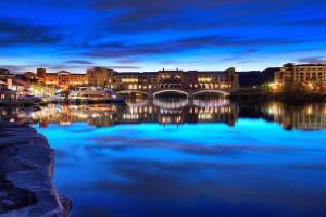 Exterior view of Hilton Lake Las Vegas Resort & Spa.