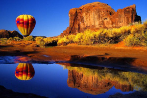 Hot air balloon at Two Casitas, Santa Fe Vacation Rentals.