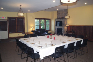 Meeting room at The Lodges at Cresthaven on Lake George.