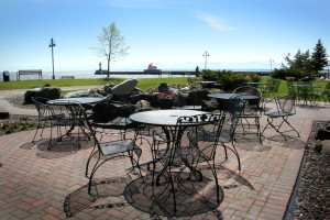 Outdoor patio at Comfort Suites Canal Park.