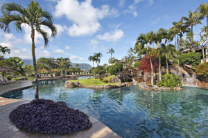 Outdoor pool at Hanalei Bay Resort & Suites.