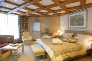 Guest room at Byblos des Neiges.