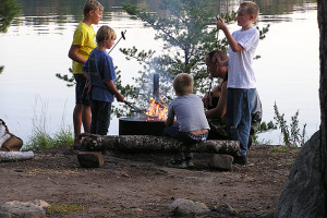 Family campfire at Kabetogama Lake Association.