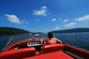 Boating at Railey Mountain Lake Vacations.