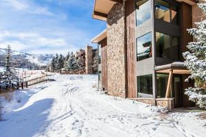 Rental exterior at First Choice Properties.
