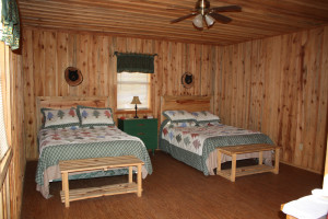 Bear Track bedroom at Heath Valley Cabins.