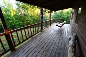Cabin porch at Heath Valley Cabins.
