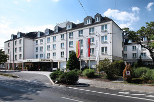Exterior view of Lindner Congress Hotel Frankfurt.