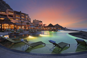 Outdoor pool at Capella Pedregal.