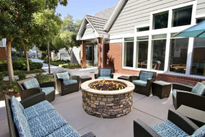 Fire pit at Residence Inn Milpitas Silicon Valley.