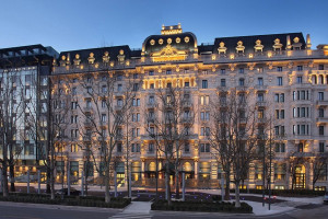 Exterior view of Le Meridien Excelsior Hotel Gallia.